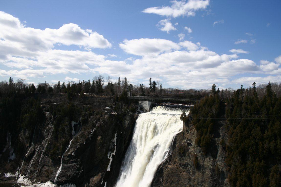 Les chutes de Montmorency près de Québec