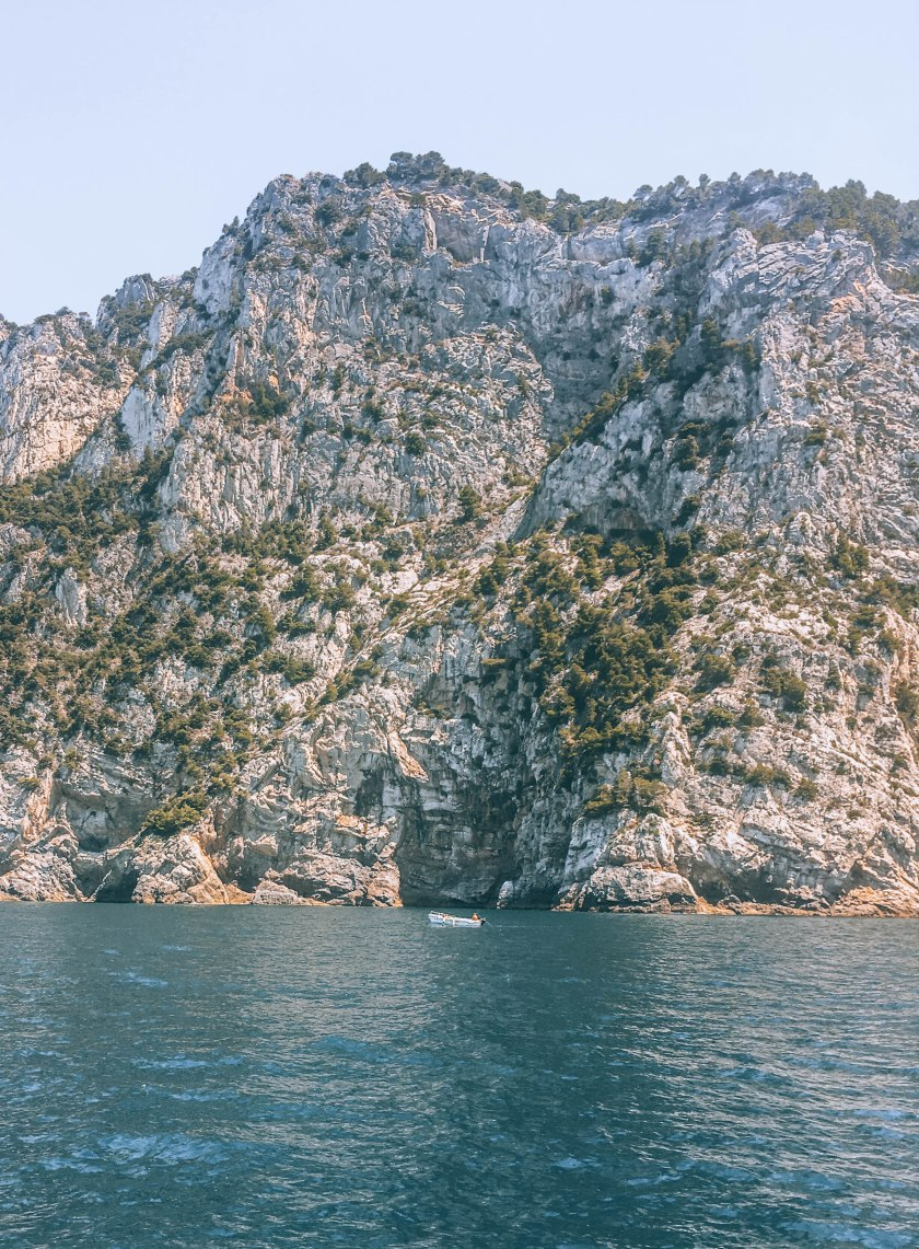 cinque terre madyson sailing
